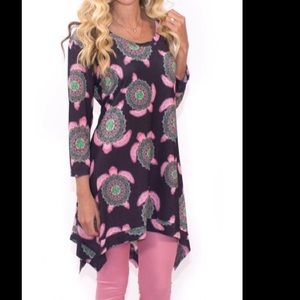 Simply Southern 3/4 Sleeve Boho Turtle Tunic